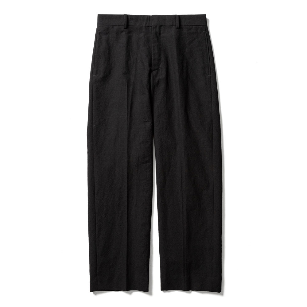 STRAIGHT SILHOUETTE SLACKS BLACK